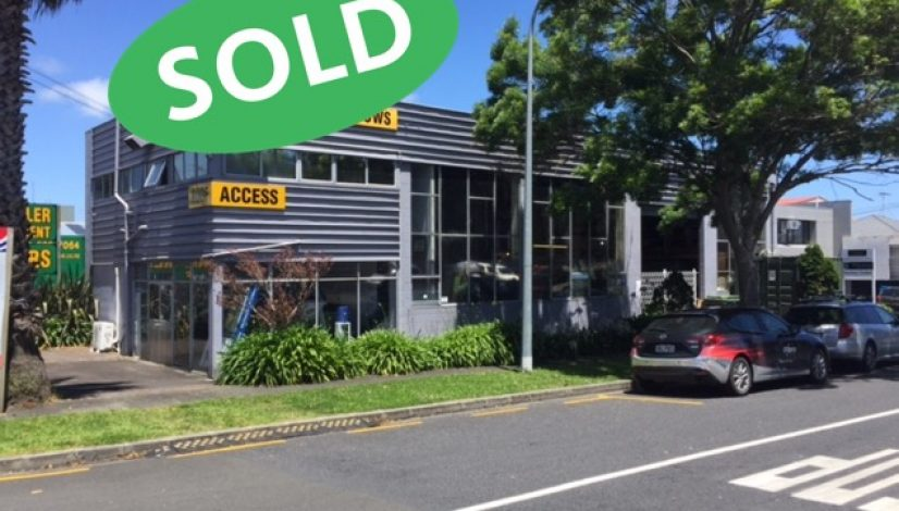 42 Selwyn St Onehunga with sold 1
